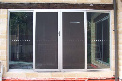 ... Bi-Fold Flyscreen Doors & Ozzy Tuff Flyscreens Security Doors Retractable Flyscreens ... Pezcame.Com